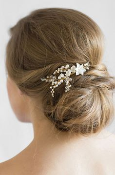 YVES | floral pearl bridal comb