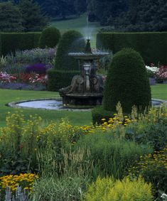 Detail of the Parterre at Blickling. ©National Trust Images/Nick Meers