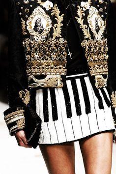 """runwayandbeauty: """"Detail at Dolce & Gabbana Spring 2017, Milan Fashion Week. """""""