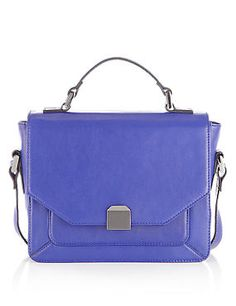 This sapphire leather square lock boxy across the body bag is a stylish addition to brighten up your outfit.