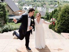 72 Likes, 4 Comments - Ioana Butnariu Religious Ceremony, No Way, Walking, Wedding Dresses, Instagram, Fashion, Moda, Bridal Dresses, Alon Livne Wedding Dresses