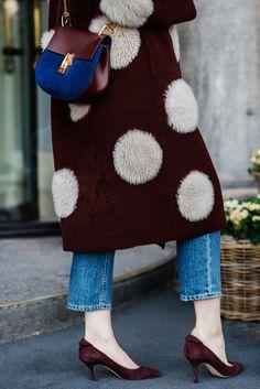 Love this deep maroon color! || Copenhagen fashion week.