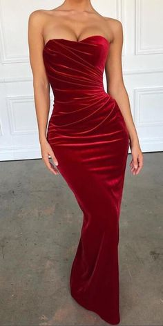 d437ee4178 Sexy Long Mermaid Red Velvet Prom Dresses