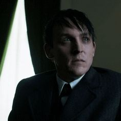 Robin Lord Taylor GIF HUNT This gif hunt contains gifs of Robin Lord Taylor. Penguin Gotham, Jerome Valeska, Riddler, Lord & Taylor, Dc Comics, Robin, Beautiful People, Batman, Chesterfield