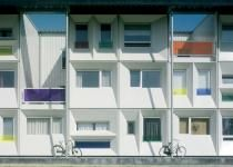 qubic - Social housing, Student housing.  Multi-unit prefab modular shipping container architecture.