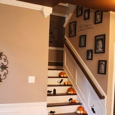 staircase decorating ideas wall, staircase decorating ideas for wedding, staircase decorating ideas for christmas, staircase decorating ideas, staircase decorating ideas pictures, staircase xmas decorating ideas, staircase landing decorating ideas, enclosed staircase decorating ideas.  #staircase #staircaseideas #staircasedecor