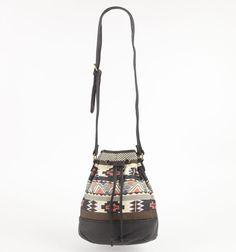 love the tribal bag with #bullheadblack tribe print jeans at #pacsun