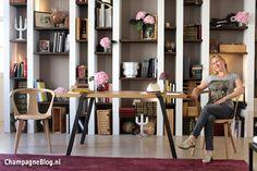 Op bezoek bij in Krug Champagne, Shelving, Lifestyle, Home Decor, Champagne, Shelves, Decoration Home, Room Decor, Shelf