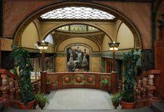 Kudy z nudy - Výlet za provokativními sochami Davida Černého