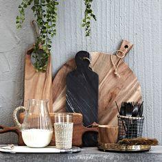 Modern-day Inside Style In Your Laundry Space Lene Bjerre Spring Summer Wooden And Marble Chopping Boards Home Decor Accessories, Kitchen Accessories, Kitchen Styling, Kitchen Decor, Wood Craft Patterns, Wooden Chopping Boards, Kitchen Time, Küchen Design, Kitchen Organization