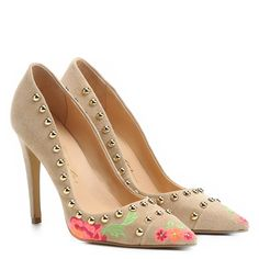 7c2af7e90 Compre Scarpin Luiza Barcelos Tachas Bordado Bege na Zattini a nova loja de  moda online da