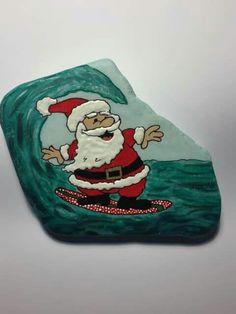 Christmas Rock, Christmas Themes, Christmas Crafts, Christmas Ornaments, Pebble Painting, Pebble Art, Rock Painting, Rock Crafts, Crafts To Do