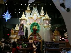 Disney - the disney store in NYC