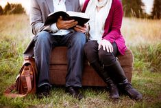 Relationships, The One Thing Married Couples Would Do Differently If They Could - Read more Christian relationships and marriage advice and Biblical help for husbands and wives. Christian Marriage, Christian Parenting, Christian Men, Christian Living, Christ Centered Marriage, Becoming A Better You, Godly Wife, Long Distance Love, Saint Esprit