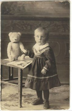 original Foto Kind mit Steiff Bär 1918 süsses Originalteil !!! | eBay