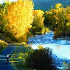 Aspens, empty trails, and reduced rates make fall the ideal time to visit
