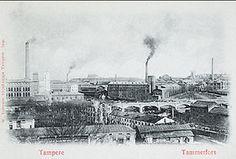 Postikortti 1800-luvun lopun Tampereelta esittelee teollisuuden kaupunkikuvaa savupiippuineen. Kuvassa vasemmalla Finlayson, oikealla Tampereen Pellava. MV Finland, Paris Skyline, Travel, Viajes, Trips, Tourism, Traveling