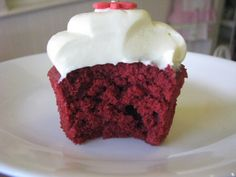Forum Thermomix - The best Thermomix recipes and community - Red Velvet Cake Wrap Recipes, Oven Recipes, Cake Recipes, Cooking Recipes, Thermomix Cupcakes, Thermomix Desserts, Red Velvet Cupcakes, Velvet Cake, Bellini Recipe
