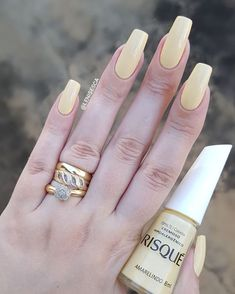 50 Beautiful Nail Design Ideas You Should Try Today nailart naildesigns nailartdesigns nailpolish nails - Millions Grace 503488433343247113 Flower Nail Designs, Gel Nail Designs, Pedicure Set, Manicure And Pedicure, Pretty Nails, Fun Nails, French Gel, Garra, Bright Red Nails