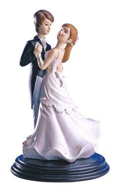 Kaketopp til bryllup - Dansende brudepar   En koselig kaketopp til bryllup med et ungt og forelsket par i sin første dans som nygift. Den er hele 21cm høy, og en fin figur å ta vare på til etter bryllupet. Dansende brudepar kaketoppen har massevis av fine detaljer, og vil garantert være med på å gi bryllupskaken prikken over i'en!   #Kaketopper Mr Mrs, Cinderella, Disney Princess, Disney Characters, Dance In, Disney Princesses, Disney Princes