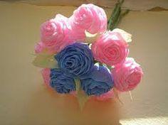 Resultado de imagem para flores de papel crepe
