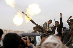 50 Lebih Tewas Dalam Pertempuran di Yaman : Pertempuran sengit antara pasukan pemerintah dan pemberontak di Yaman utara dan barat menewaskan 51 orang sementara upaya perdamaian baru sepertinya terbentur kata pa