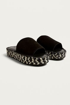 Shop UO Emmi Espadrille Mule Flatform Sandals at Urban Outfitters today. Latest Fashion, Urban Outfitters, Espadrilles, Slippers, Boho, Sandals, Closet, Shopping, Shoes