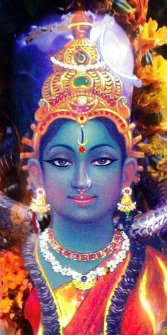 Divine Goddess, Indian Goddess, Goddess Lakshmi, Kali Hindu, Hindu Art, Maa Durga Image, Durga Images, Lord Shiva Family, Lord Shiva Painting