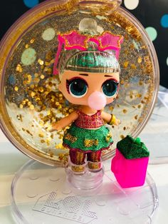 Look at this golden/ green beauty! Sporting holiday Almost all of my advertising. Lol Dolls, Barbie Dolls, Funny Birthday Cakes, Glitter Globes, Baby Girl Halloween, Kids Makeup, Birthday Wishlist, Christmas Gifts, Holiday