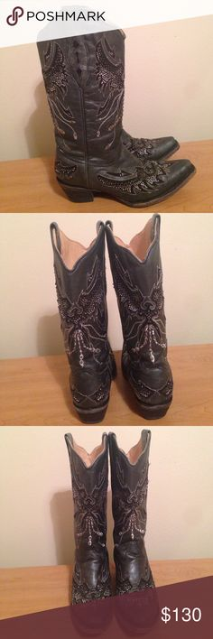 Eagle sequin cowboy boots Super cool and comfy cowboy boots. I hate to sell them because they fit my narrow foot perfectly, but they are just too big lengthwise. I've gotten many compliments on them. Corral Boots Shoes