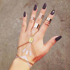 ♥ ♥ ♥   via Tumblr  @ http://www.miascollection.com #nails  fashion