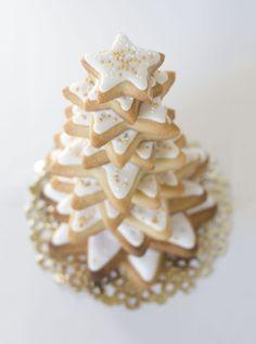 Christmas tree made wiht cookies from  La Galletería de tastery