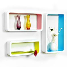 Maiqiunei color wall mounted shelves.