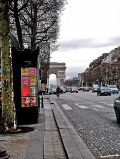 champs elysees, paris, 2008