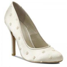 Tűsarkú MENBUR - 005044 Ivory/Marfil 004 Stilettos, Stiletto Heels, Pumps, Ivory, Shoes, Shopping, Fashion, Moda, Zapatos