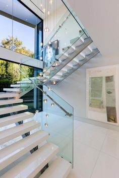 Modern Staircase Design Ideas - Modern stairs come in several styles and designs that can be real eye-catcher in the different area. We've compiled finest 10 modern designs of staircases that can give. Home Stairs Design, Interior Stairs, Staircase Design Modern, Staircase Ideas, Floating Staircase, Railing Ideas, Interior Livingroom, Contemporary Interior Design, Modern House Design
