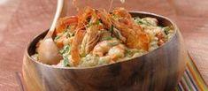 Receita de Açorda de camarão e coentros. Descubra como cozinhar Açorda de camarão e coentros de maneira prática e deliciosa com a Teleculinaria!