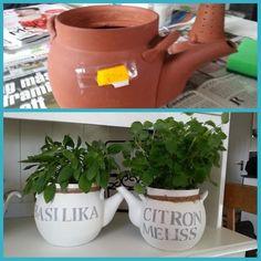 Terrakottakannan från loppisen fick färg och snöre - och voilá! Från: Facebook / grupp Återbruka mera!