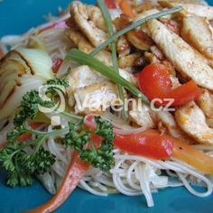 Recepty ryzove nudle - Vareni.cz Tofu, Spaghetti, Chicken, Ethnic Recipes, Anna, Diet, Noodle, Kai