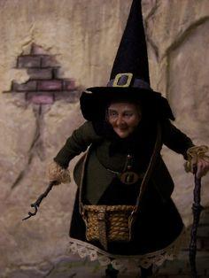 Fairystudiokallies: Luzi, a witch