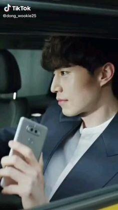 Korean Drama Funny, Korean Drama Best, Lee Dong Wook Instagram, Lee Dong Wook Funny, Lee Dong Wook Abs, Lee Dong Wook Goblin, Lee Dong Wook Wallpaper, Lee Dong Wok, Park Bo Gum