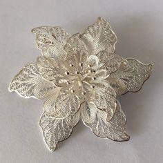 Filigree Brooch Flower Brooch Flor de Aurora Gift Ideas for Mom Filigree Jewelry Sterling Silver Jewelry Handmade Brooch