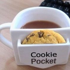 Its got a pocket for my cookie...or English muffin...or biscotti...