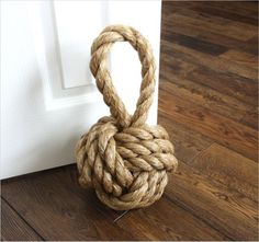 How to Tie Sailor Knots | How to tie a Monkey's Fist knot #sailing #sailor #knot