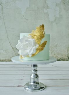 Wafer paper rose cake - I love making wafer paper flowers and decorations, with a touch of 23 karat gold.