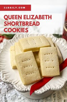 Buckingham Palace Shortbread Cookies are a recipe from Royal pastry chef John Higgins that's perfect for the Christmas cookies tray or for afternoon tea. Easy Christmas Cookie Recipes, Holiday Snacks, Christmas Desserts, Christmas Cookies, Holiday Recipes, Christmas Ideas, Merry Christmas, Finger Cookies, Cupcake Cookies