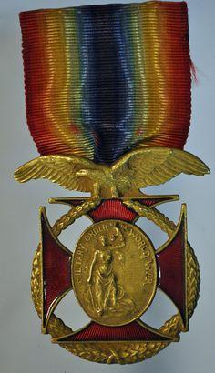 WW1 US Army Military Order of The World War Medal w Original Split Wrap Ribbon