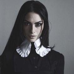 """witchcraft-under-the-moon: """"socialpsychopathblr: """"Segovia Amil """" Beauty """" Segovia Amil, Dark Beauty, Gothic Beauty, Gothic Chic, Dark Fashion, Gothic Fashion, Poses, Imagenes Dark, Estilo Dark"""