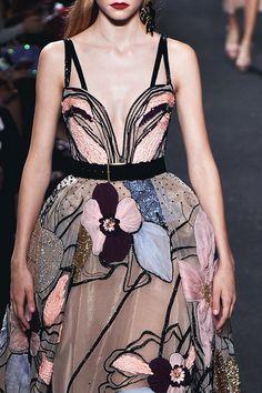 Elie Saab Fall Haute Couture 2016 Detail | Lovika
