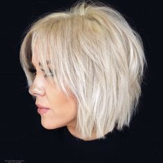 50 Best Female Haircut Style for Short Hair - # Bob Hair # Bob Haircut # Hairstyle # . für kurze Haare 50 Best Female Haircut Style for Short Hair - # Bob Hair # Bob Haircut # Hairstyle # . Short Choppy Haircuts, Short Bob Hairstyles, Latest Hairstyles, Haircut Short, Short Shaggy Bob, Shag Bob, Trending Hairstyles, Choppy Bob With Fringe, Hairstyle Short